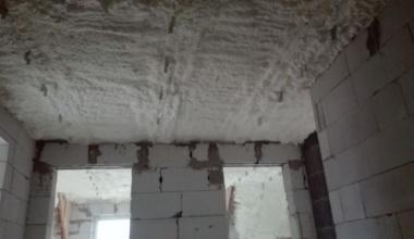 Zateplenie strechy penou - Liptov